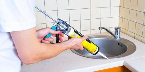 چگونه از چسب درزگیر سیلیکونی برای آب بندی استفاده کنیم