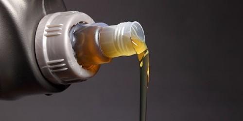 مکمل روغن موتور (Oil Additives)  چیست؟آیا باید از مکمل روغن استفاده کنیم؟